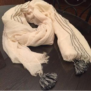 White and Black Design with Tassels blanket Scarf